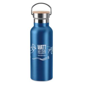 Trinkflasche aus Edelstahl, blau eloxiert mit Bambusdeckel <br>(Spende 5,- Euro)